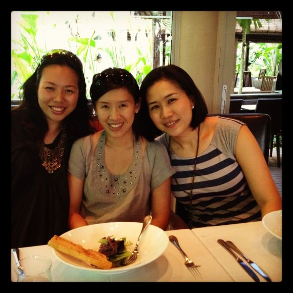 Had a super long lunch (here) with my bffs. Love days like these.....